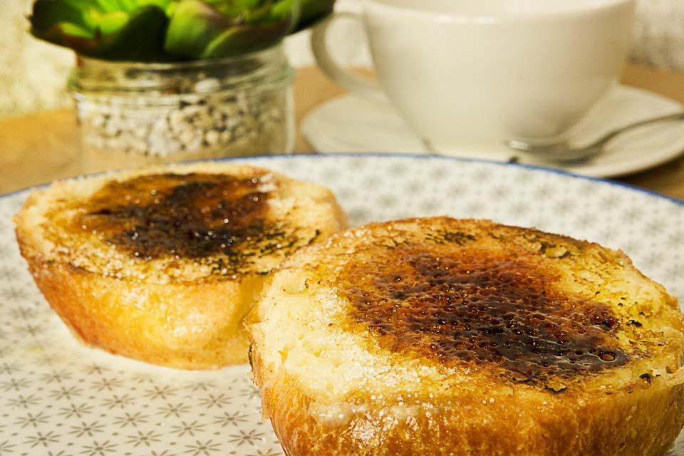tostadas-de-brioche-charamel